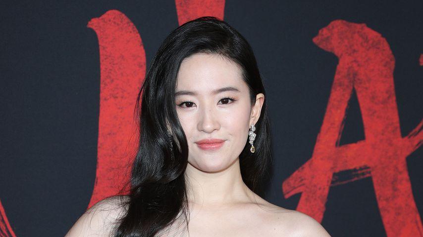 """Schauspielerin Yifei Liu bei der Premiere von """"Mulan"""", 2020 in Los Angeles"""