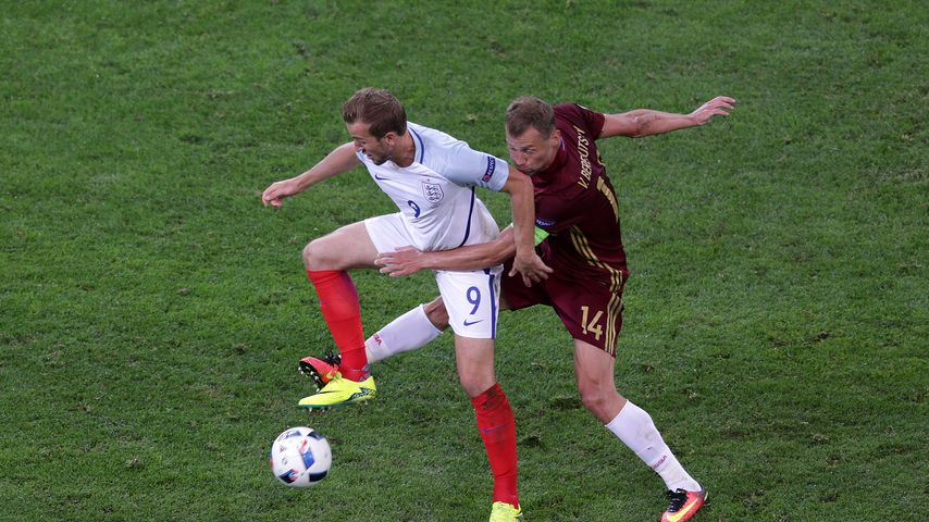 Wegen Fans: England und Russland droht EM-Ausschluss
