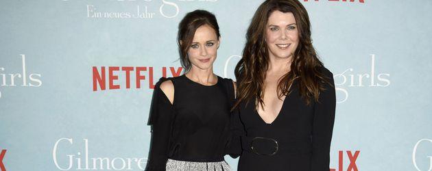 """Alexis Bledel und Lauren Graham bei der """"Gilmore Girls""""-Premiere in Berlin 2016"""