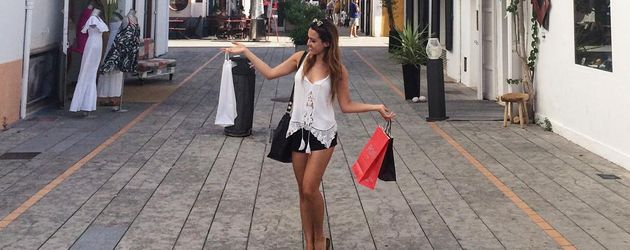 Alisa Persch auf Shoppingtour in Ibiza