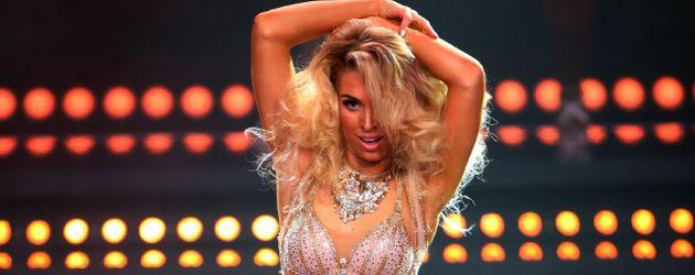 Aneta Sablik bei Dance Dance Dance