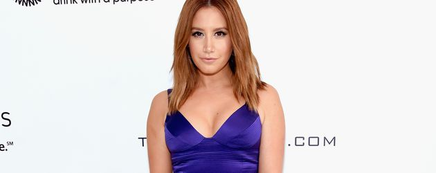 Ashley Tisdale bei der Elton John AIDS Foundation's Academy Awards Viewing Party - Red Carpet