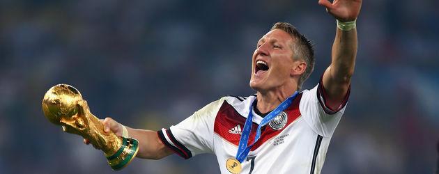 Bastian Schweinsteiger beim Jubel über den WM-Sieg 2014