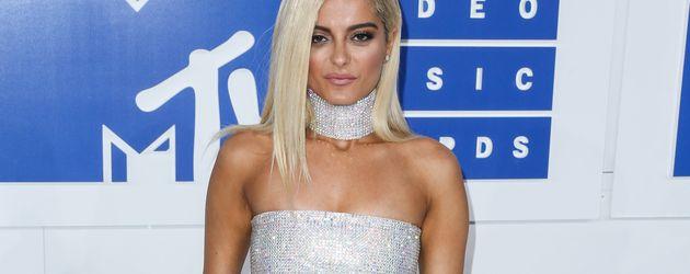 Bebe Rexha bei den VMAs 2016