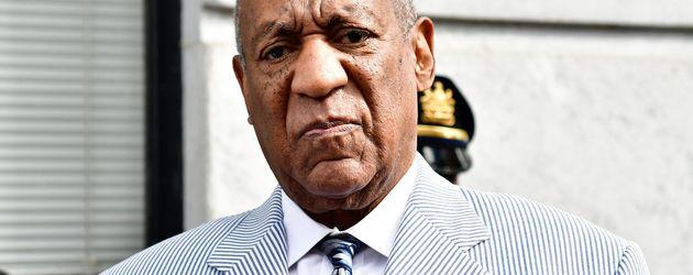 Bill Cosby verlässt das Montgomery County-Gericht