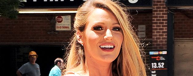 Blake Lively vor ihrem Hotel in New York