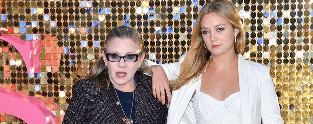 Carrie Fisher und Billie Lourd 2016 bei einer Filmpremiere in London