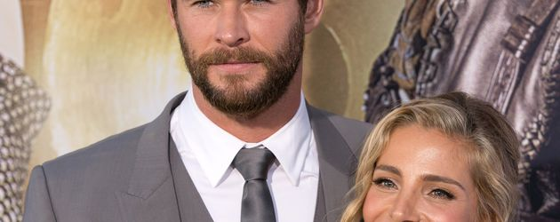 "Chris Hemsworth mit Ehefrau Elsa Pataky auf der ""The Huntsman: Winter's War""-Premiere in Los Angeles"
