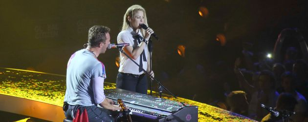 Chris Martin und Shakira in der Barclaycard Arena in Hamburg