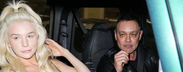 Courtney Stooden mit Ehemann Doug Hutchison unterwegs in Los Angeles