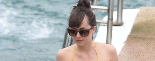 """Dakota Johnson bei den Dreharbeiten zu """"Fifty Shades Darker"""" an der Cote D'Azur im Juli 2016"""