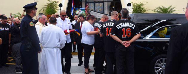 Ein Bild der Trauerfeier von Jose Fernandez
