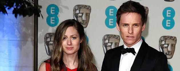 Eddie Redmayne und Hannah Redmayne bei EE Awards in London