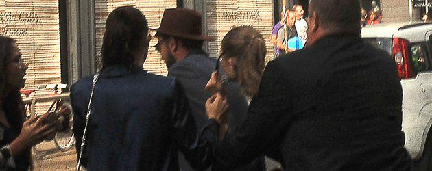 Gigi Hadid auf der Fashion Week in Mailand von Mann attackiert