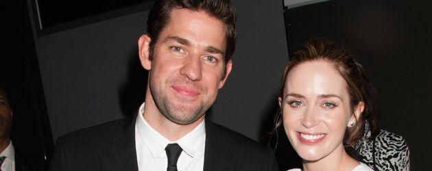 "Emily Blunt mit ihrem Mann John Krasinski beim ""The Hollars"" Screening in New York"