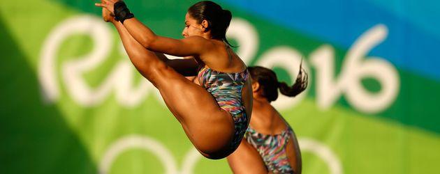 Ingrid De Oliveira und Giovanna Pedroso beim Synchronspringen in Rio