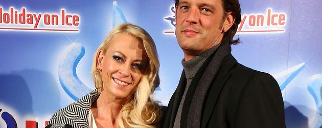 """Jenny Elvers und Steffen von der Beeck bei """"Holiday On Ice"""""""