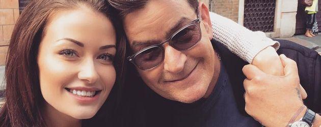 Jess Impiazzi und Charlie Sheen bei einem Ausflug in London