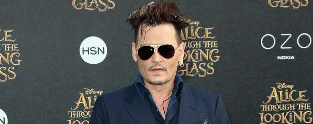 """Johnny Depp bei der Premiere von """"Alice im Wunderland"""" in Hollywood"""