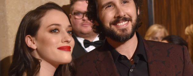 Kat Dennings und Josh Groban bei der Pre-Grammy-Gala 2016