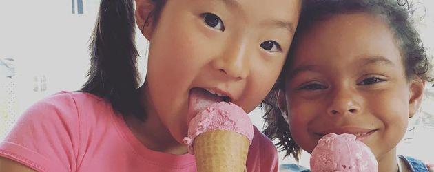 Katherine Heigls Adoptivtöchter Naleigh Mi-Eun und Adalaide Marie Hope