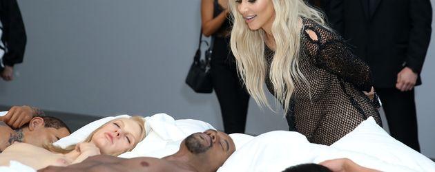 "Kim Kardashian bei der ""Famous""-Ausstellung"