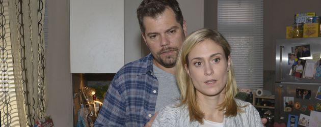 Leon (Daniel Fehlow) und Sophie (Lea Marlen Woitack)