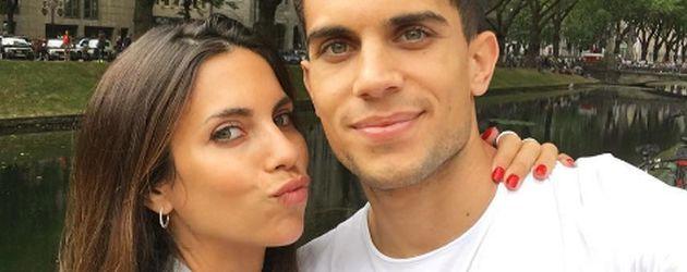 Fußballer Marc Bartra mit Freundin Melissa 2016 in Düsseldorf