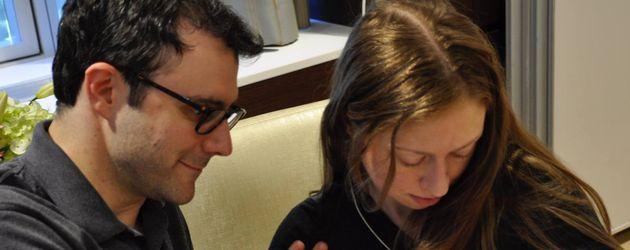 Marc Mezvinsky und Chelsea Clinton mit ihrem Sohn Aidan