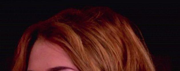 Miley Cyrus mit Mund offen