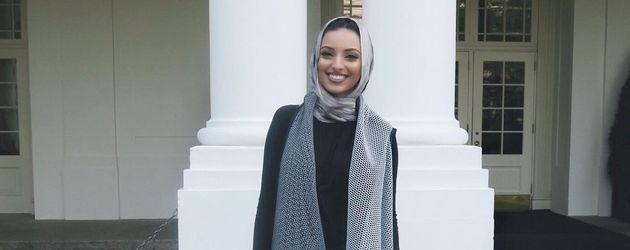 Noor Tagouri vor dem Weißen Haus