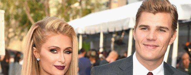 Paris Hilton und Chris Zylka bei einer Premiere in Hollywood