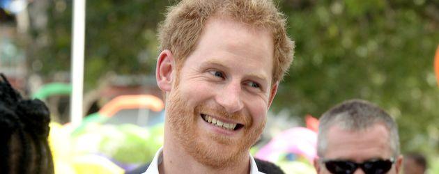 Prinz Harry bei einem Charity-Projekt in Antigua 2016