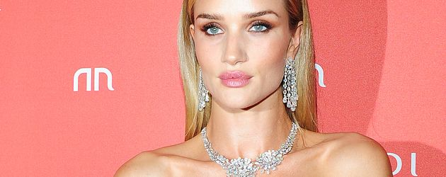Rosie Huntington-Whiteley auf der Londoner Fashion Week