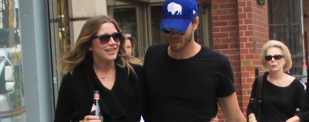 Schwangere Sarah Roemer und Chad Michael Murray 2015
