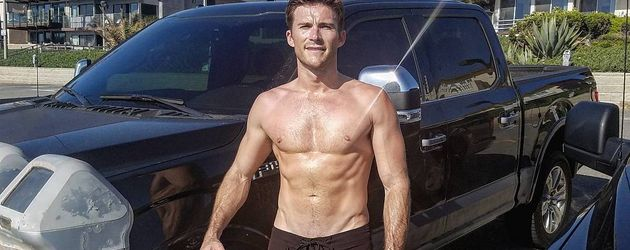 Scott Eastwood durchtraniert in LA