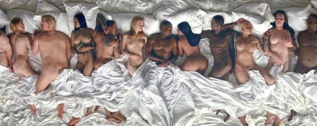 """Famous""-Musikvideo von Kanye West"