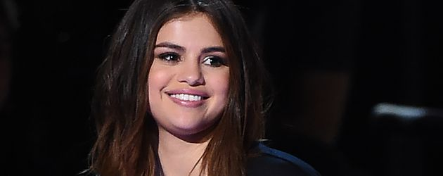 Selena Gomez , Sängerin