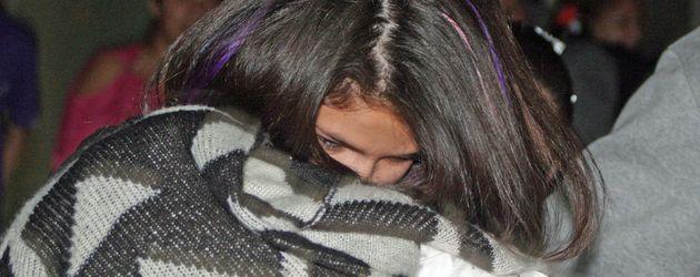 Selena Gomez haarige Arme