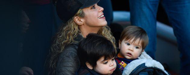 Shakira, Milan Piqué Mebarak und Sasha Piqué Mebarak