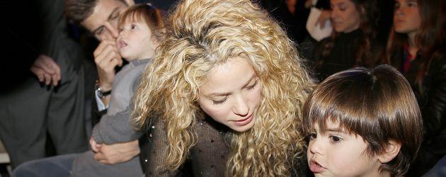 Shakira und Gerard Piqué mit ihren Jungs