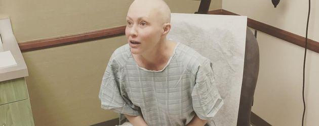 Shannen Doherty bei der Strahlentherapie gegen Krebs