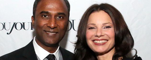 Shiva Ayyadurai und Fran Drescher bei einem Event in New York