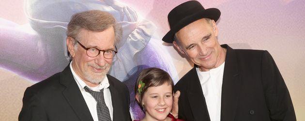 Regisseur Steven Spielberg mit Ruby Barnhill und Mark Rylance