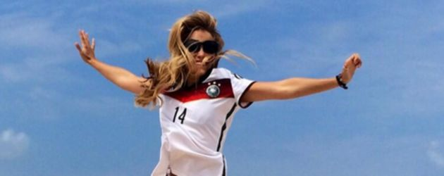 Andrea Kaiser im Deutschland-Trikot-Shirt